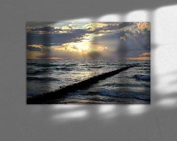 La mer Baltique dans la lumière du soir sur Ursula Reins