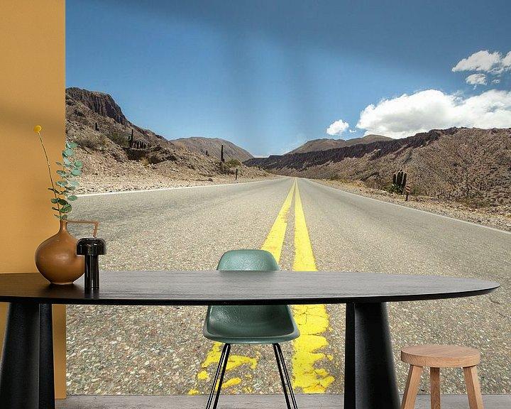 Sfeerimpressie behang: De gele lijn van Chantal Nederstigt
