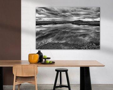 Spiegelende pracht op de Laksefjordvidda von Remco de Vries