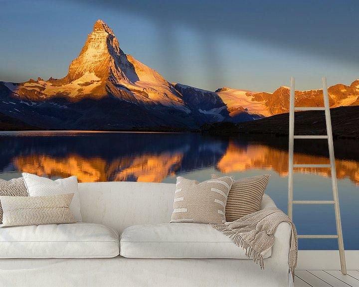 Beispiel fototapete: Magische Sonnenaufgang auf das Matterhorn von Menno Boermans