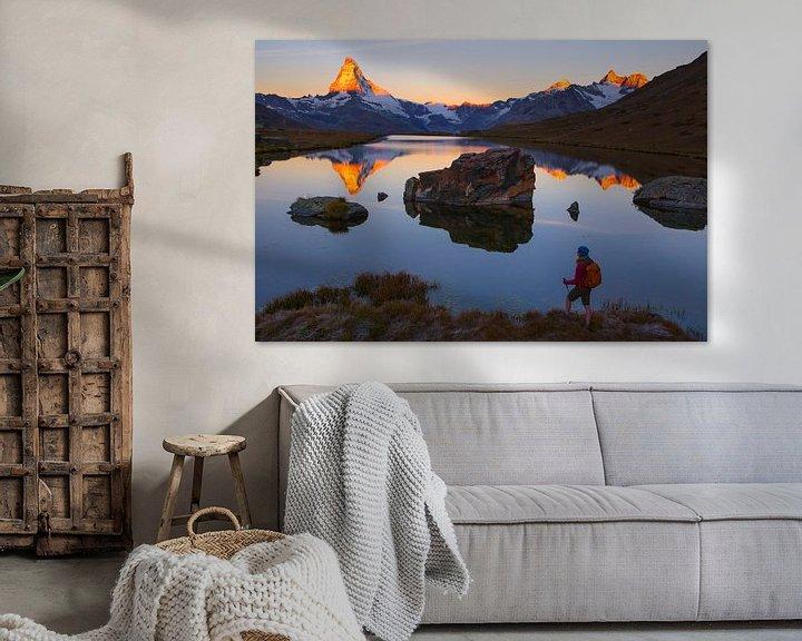 Sfeerimpressie: Zonsopgang bij de Stellisee en de Matterhorn van Menno Boermans
