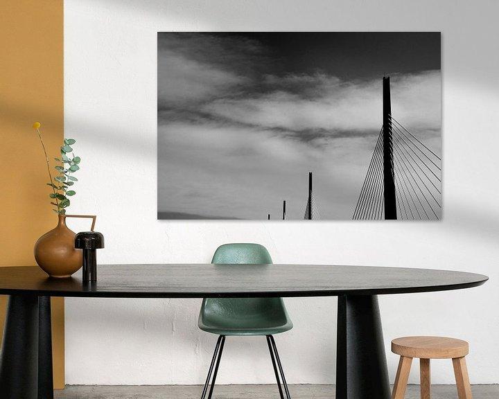 Sfeerimpressie: Viaduct van Millau, Frankrijk van Willem van den Berge