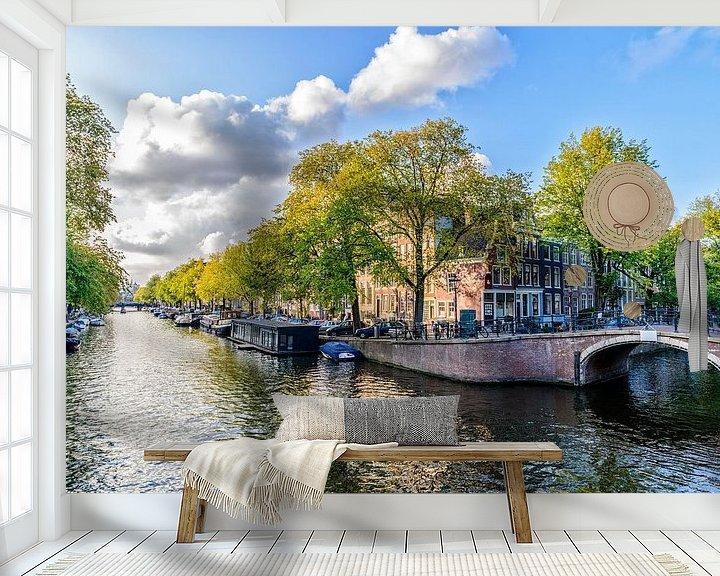 Sfeerimpressie behang: De Prinsengracht ter hoogte van de Reguliersgracht in Amsterdam. van Don Fonzarelli