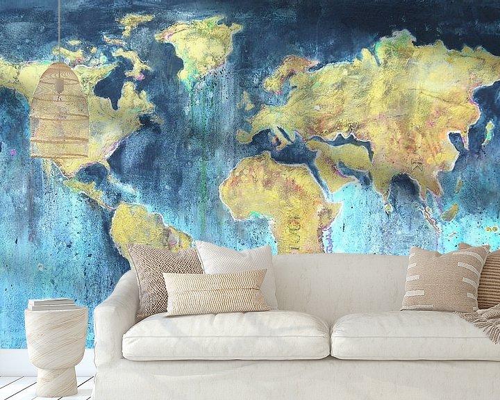 Sfeerimpressie behang: Worldmap painting van Atelier Paint-Ing