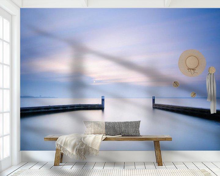 Sfeerimpressie behang: rust aan het water.. van Arjan Keers