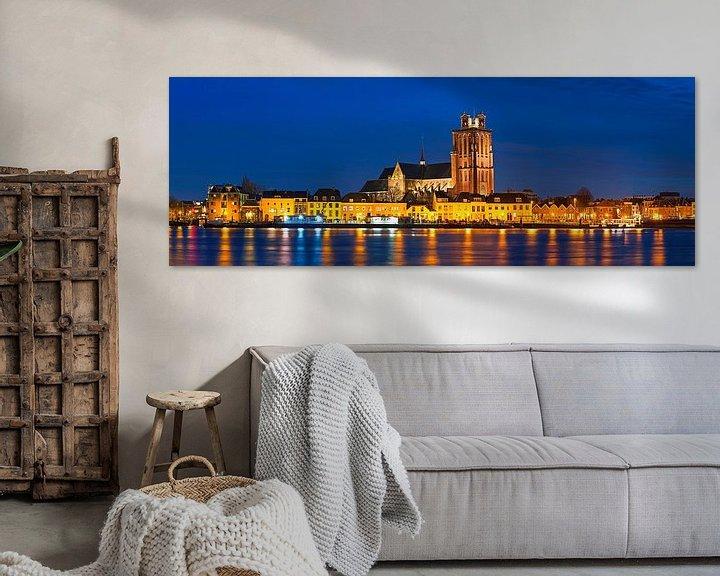 Sfeerimpressie: Panorama nachtfoto Grote Kerk Dordrecht van Anton de Zeeuw