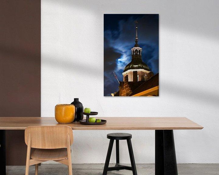 Sfeerimpressie: Maan boven Dordrecht van Anton de Zeeuw