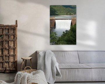 the swadini dam near the blyde river von Compuinfoto .