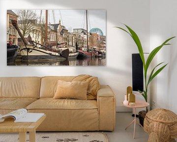 Zicht op Leeuwarden vanaf het water von Hilda Weges