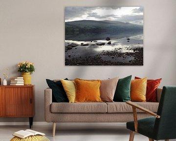 Rustig nevelig meer in Schotland von Peter Polling