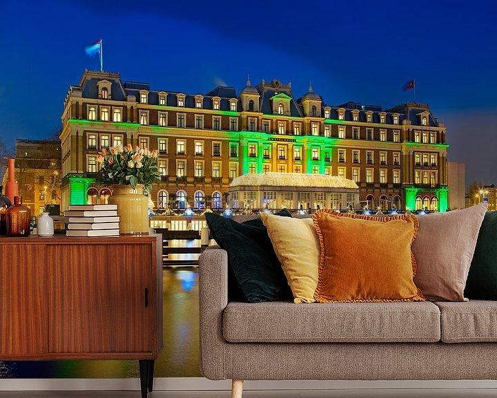 Sfeerimpressie behang: Amstel Hotel nachtfoto te Amsterdam van Anton de Zeeuw
