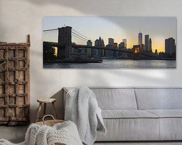 Zonsondergang gezien door Brooklyn Bridge von Fardo Dopstra