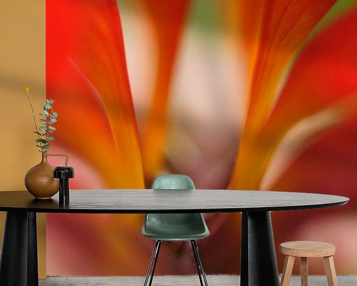 Sfeerimpressie behang: Mooi rood.... van Carla Mesken-Dijkhoff