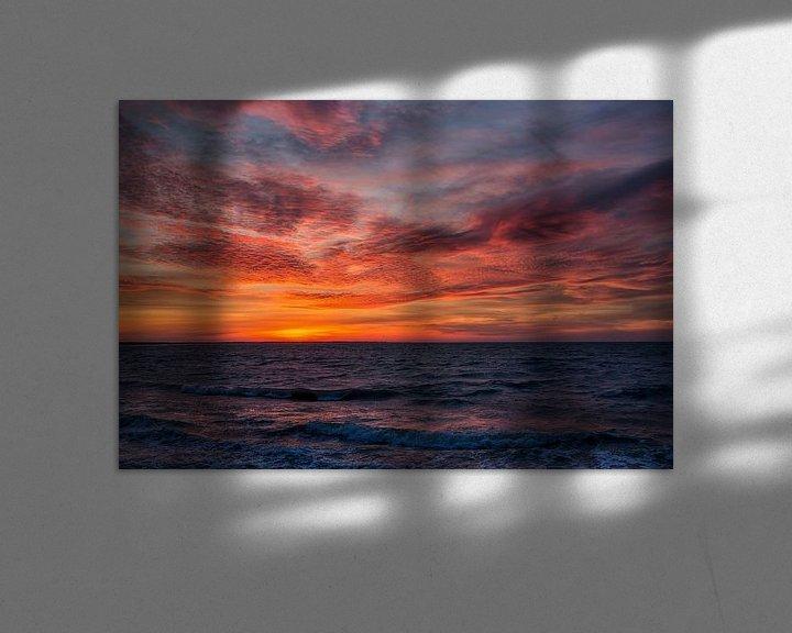 Sfeerimpressie: Zonsondergang aan de Noordzee van Bram van Broekhoven