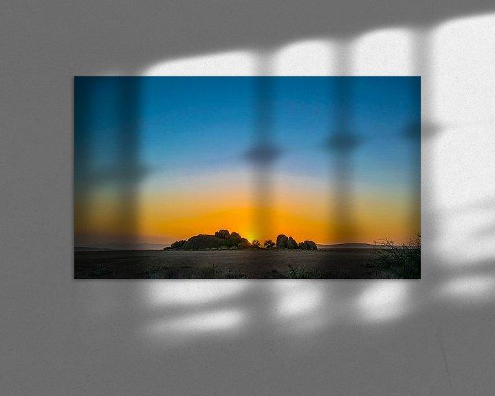 Sfeerimpressie: Ondergaande zon in de Namib woestijn, Namibië van Rietje Bulthuis