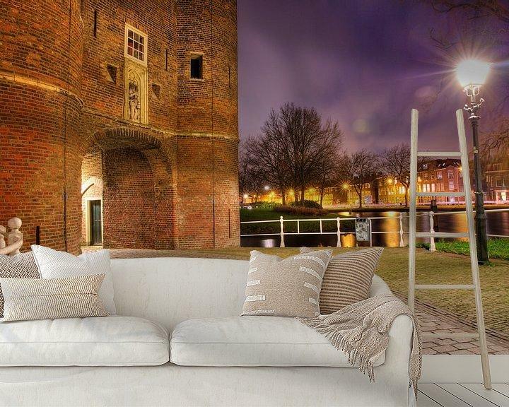 Sfeerimpressie behang: Een avond bij de Oosterpoort in Delft van Dexter Reijsmeijer