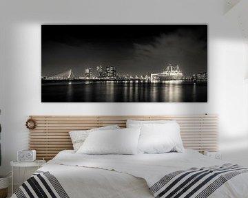 Rotterdam by night panorama van Studio Wanderlove