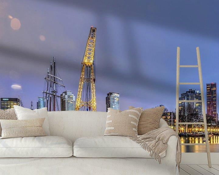 Sfeerimpressie behang: Rotterdam: Waterstad in de ochtend van Frans Blok