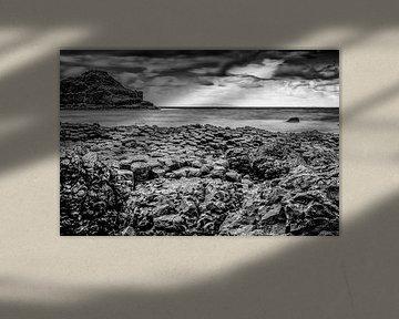 Giant's Causeway (long exposure) von H Verdurmen
