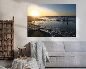 Zonsondergang bij Westkapelle van Zeeland op Foto