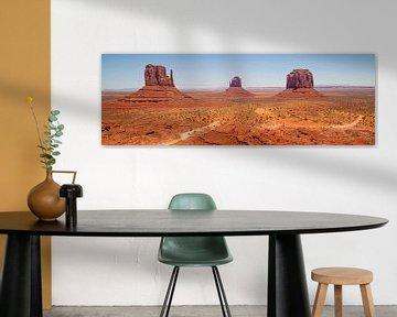 Gorgeous Monument Valley | panoramic view van Melanie Viola