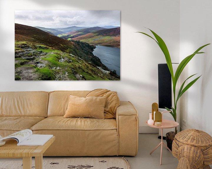 Beispiel: Guinness lake in de wicklow mountains van Ierland von Steven Dijkshoorn