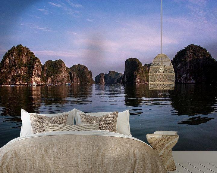 Sfeerimpressie behang: Eilanden in Vietnam van Godelieve Luijk