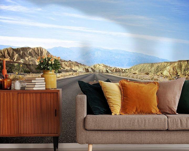 Sfeerimpressie behang: De weg door Death Valley - Californië van Blijvanreizen.nl Webshop