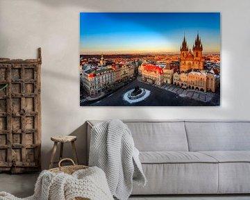 Klassiek shot van Old town Square in Praag sur Roy Poots