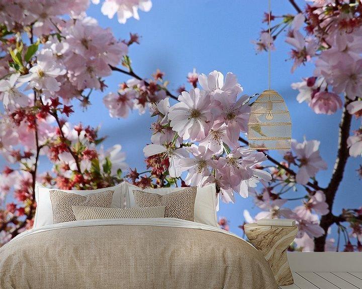 Sfeerimpressie behang: springtime! ... Under The Cherry Tree 02 van Meleah Fotografie