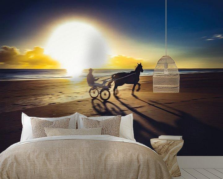 Sfeerimpressie behang: Jockey op het strand van Rob van der Teen