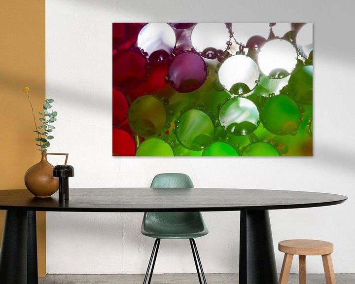 Impression: Colored straws with water drops sur Mark Scheper
