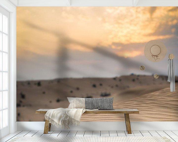 Sfeerimpressie behang: Zonsondergang boven zandduinen in de woestijn van Dubai van Capture the Light