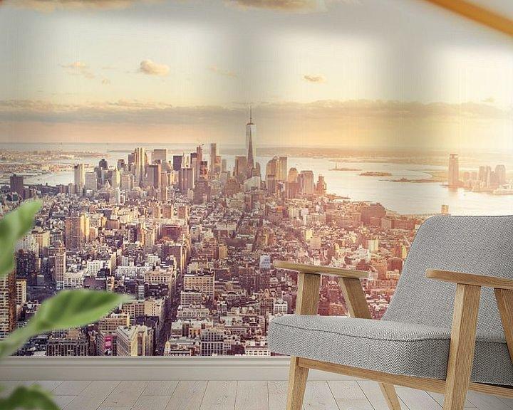 Sfeerimpressie behang: New York City Skyline  - Freedom Tower - Black and White  van Rob van der Voort