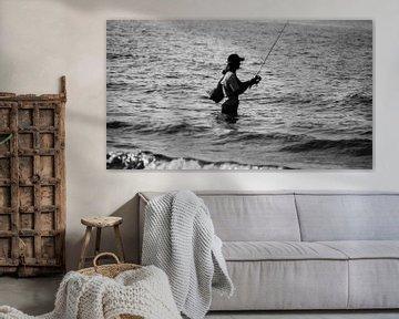 Fisherman in the sea B/W von Annemiek Stuut