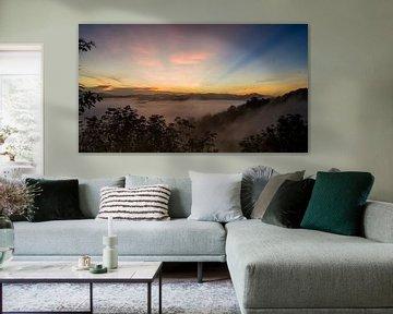Mountain Sunrise van Raymond Gerritsen