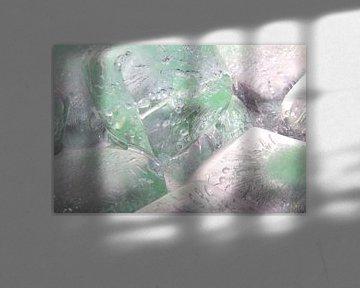 GreenedCrystalClearIceCubes3 van Marc Heiligenstein