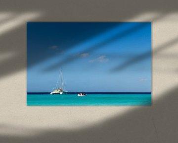 """Catamaran at """"klein Curacao"""" no. 2 von Arnoud Kunst"""