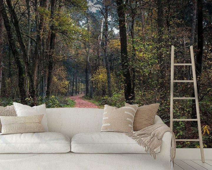 Sfeerimpressie behang: Winding Forest Path  van William Mevissen