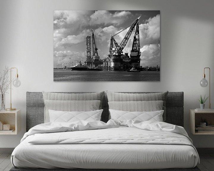 Sfeerimpressie: Kraanschepen Thialf en Balder te Rotterdam van Anton de Zeeuw