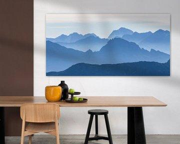 """Berglandschap """"De Blauwe Bergen"""" van Coen Weesjes"""