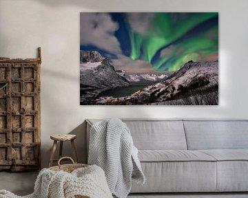 Aurora Borealis oder Nordlicht ueber Winterlandschaft von Jürgen Ritterbach