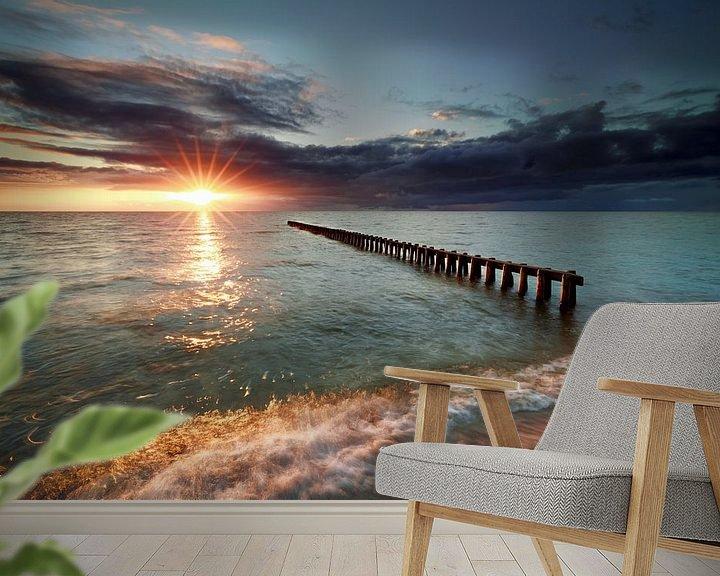 Impression: sunset over breakwater in Ijsselmeer lake sur Olha Rohulya