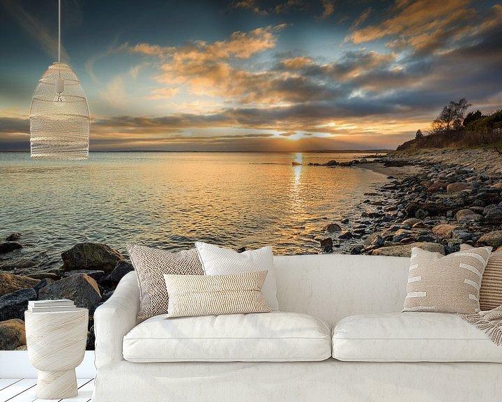 Sfeerimpressie behang: Gouden Baltische Zee van Ursula Reins
