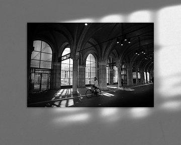 Fietstunnel Rijksmuseum zwart-wit