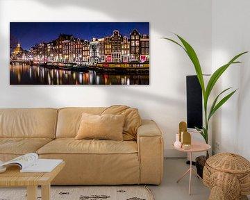 Amsterdam grachten en woonboten van Ramon Lucas