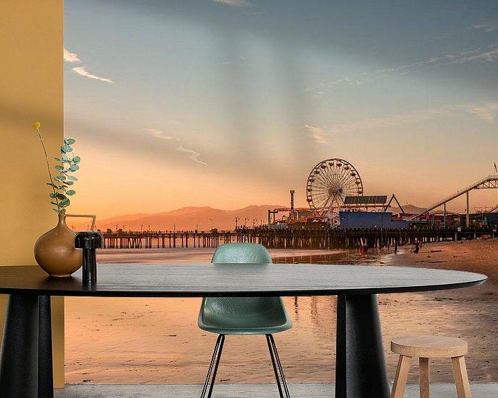 Sfeerimpressie behang: Santa Monica Pier van Photo Wall Decoration