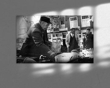 Mannen op Waterlooplein in de 60-er jaren.