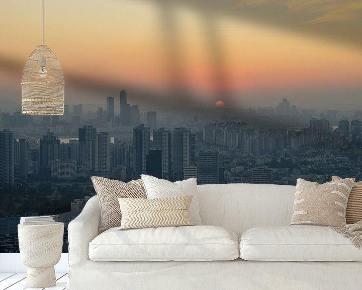 Sfeerimpressie behang: SEOUL 06 van Tom Uhlenberg