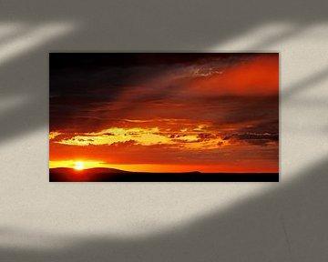 sunset at Etosha National park West, Namibia van W. Woyke